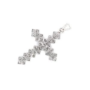 Cross pendant with diamonds